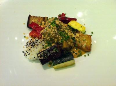 Curry rojo de carrilleras de ternera con verduras de tumbet sin gluten