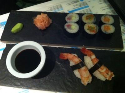 Maki mix y niguiri de langostino