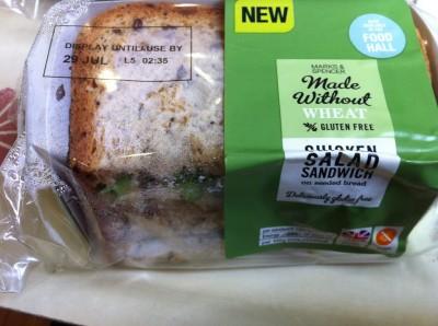 Sándwich de pollo y ensalada (Marks&Spencer)